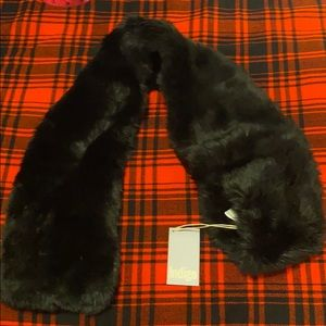 Luxe Faux fur pull through scarf